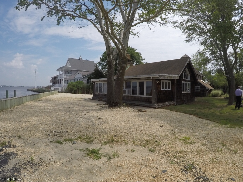 Additional photo for property listing at 9 AVALON Avenue  Bayville, New Jersey 08721 United States
