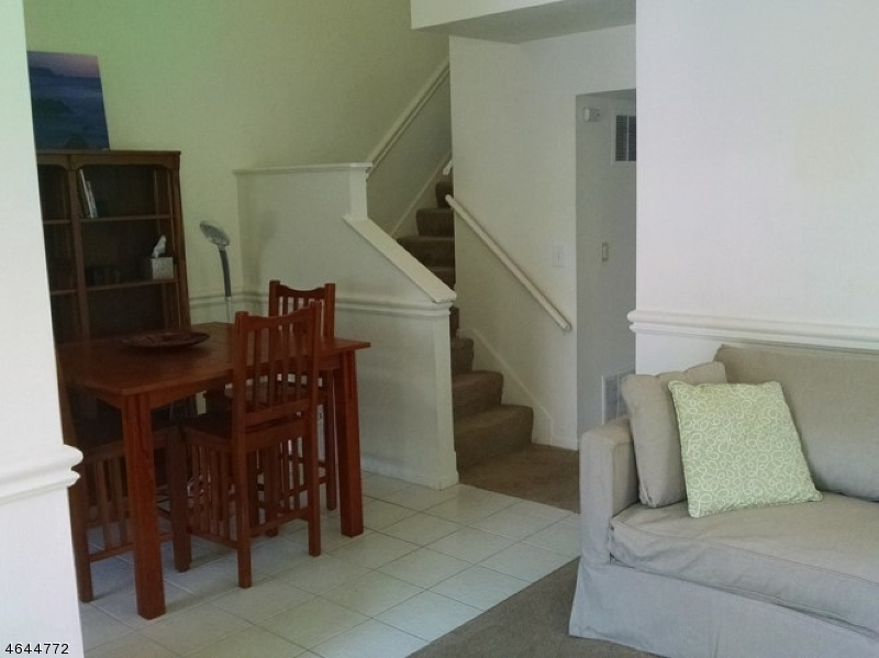 Additional photo for property listing at 33 MORGAN Court  巴思金里奇, 新泽西州 07920 美国