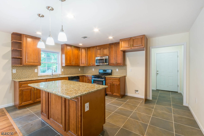 Additional photo for property listing at 1508 Lawrence Street  Rahway, Nueva Jersey 07065 Estados Unidos