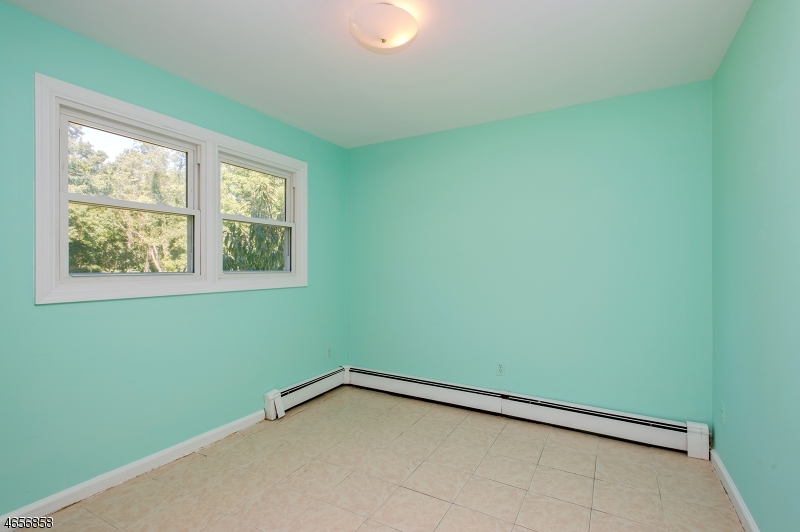 Additional photo for property listing at 155 Finderne Avenue  Bridgewater, Nueva Jersey 08807 Estados Unidos
