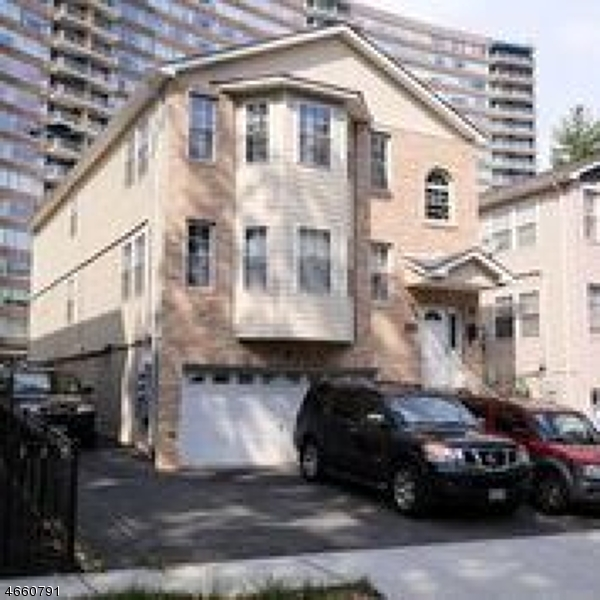 Single Family Home for Rent at 46 MELROSE Avenue East Orange, 07018 United States