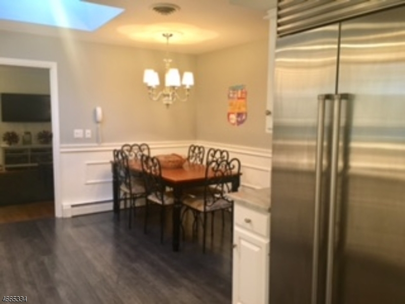 Additional photo for property listing at 720 Country Club Road  Bridgewater, Нью-Джерси 08807 Соединенные Штаты