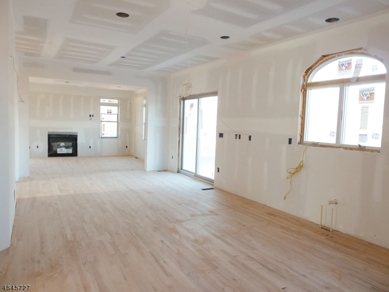 Additional photo for property listing at 263 Hillsborough Road  Hillsborough, Nueva Jersey 08844 Estados Unidos