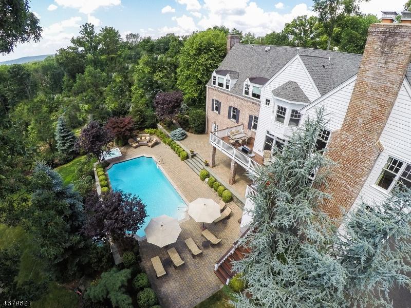 Частный односемейный дом для того Продажа на 60 Fairfield Drive Short Hills, 07078 Соединенные Штаты
