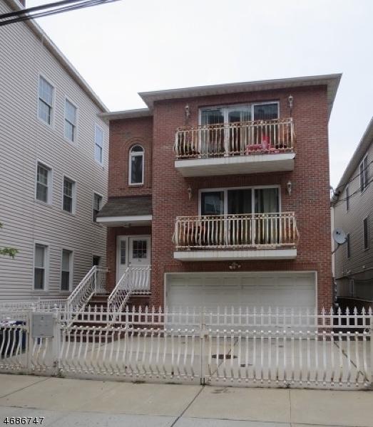 独户住宅 为 出租 在 16 Oxford Street 纽瓦克市, 新泽西州 07105 美国