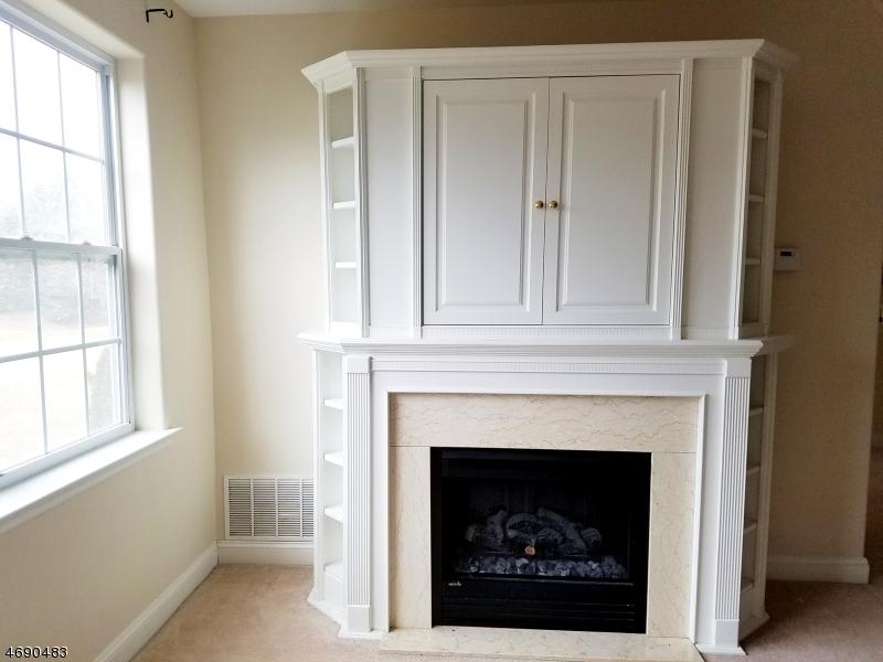 独户住宅 为 出租 在 26 Limerick Lane Phillipsburg, 新泽西州 08865 美国