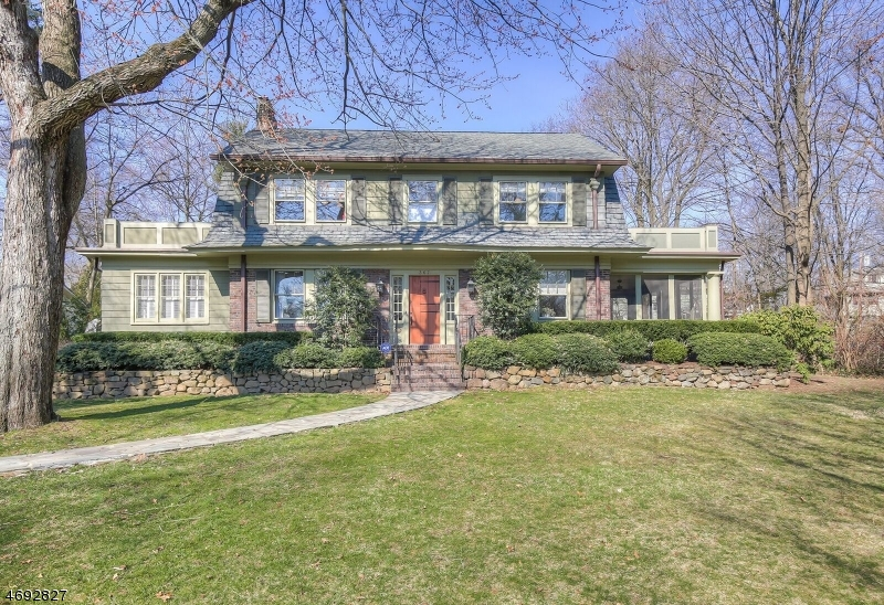 Single Family Home for Sale at 367 Woodland Place South Orange, New Jersey 07079 United States
