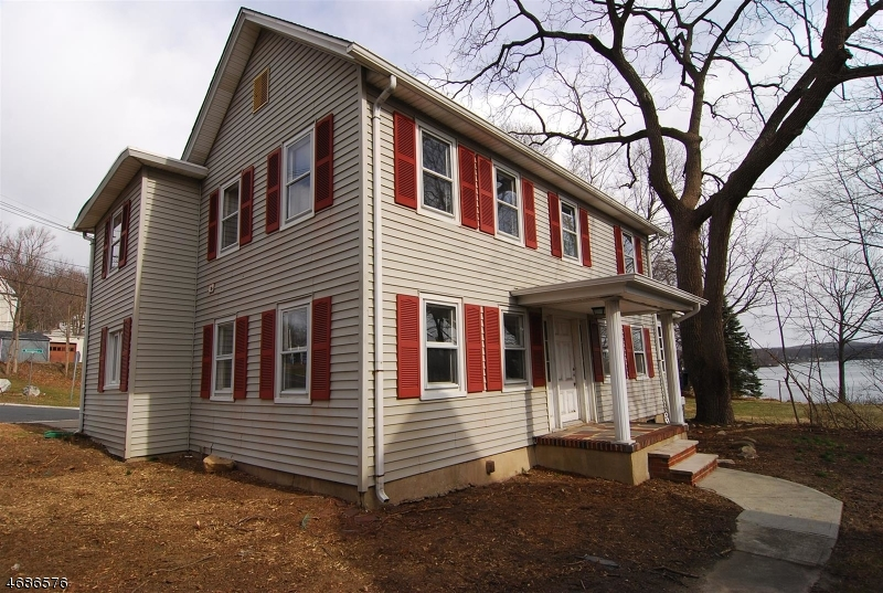 Single Family Home for Sale at 1 Musconetcong Avenue Stanhope, New Jersey 07874 United States