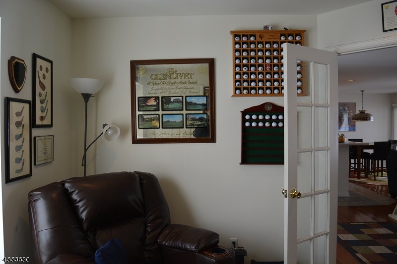 Additional photo for property listing at 4 Clubhouse Road  Hardyston, Нью-Джерси 07419 Соединенные Штаты
