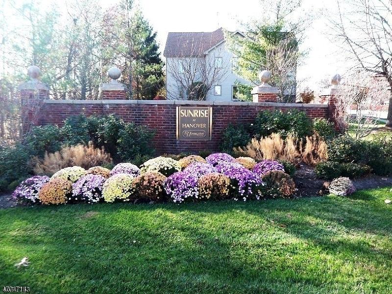 Casa Unifamiliar por un Alquiler en 148 Sunrise Drive Whippany, Nueva Jersey 07981 Estados Unidos