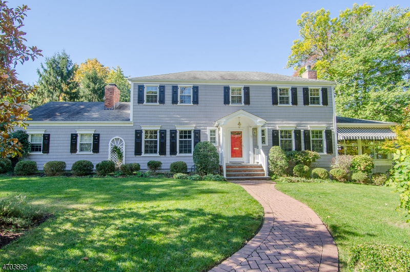 Casa Unifamiliar por un Venta en 75 PRINCETON DRIVE New Providence, Nueva Jersey 07974 Estados Unidos