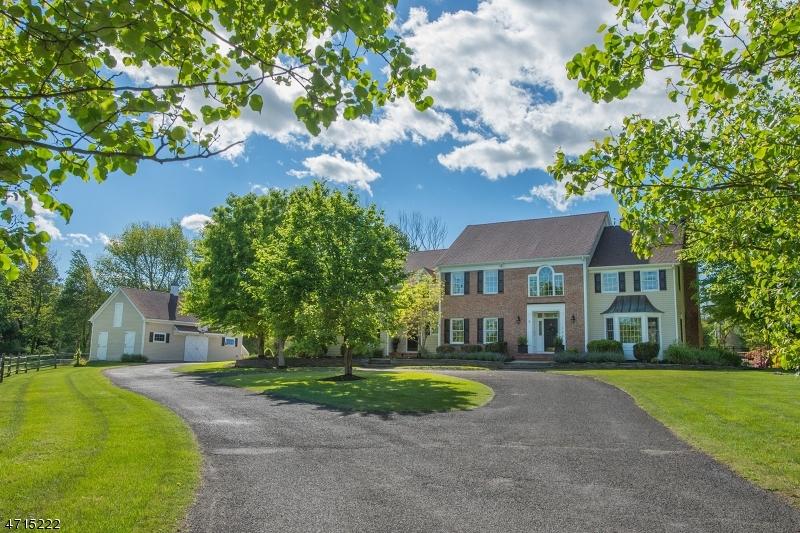 独户住宅 为 销售 在 164 Liberty Corner Road 法菲尔斯, 新泽西州 07931 美国