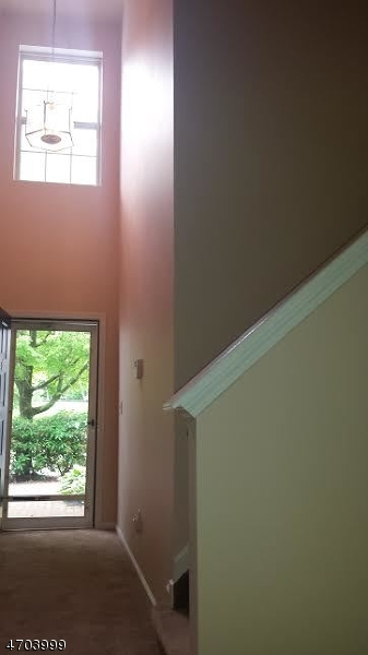 Maison unifamiliale pour l à louer à 3806 Scenic Court Denville, New Jersey 07834 États-Unis