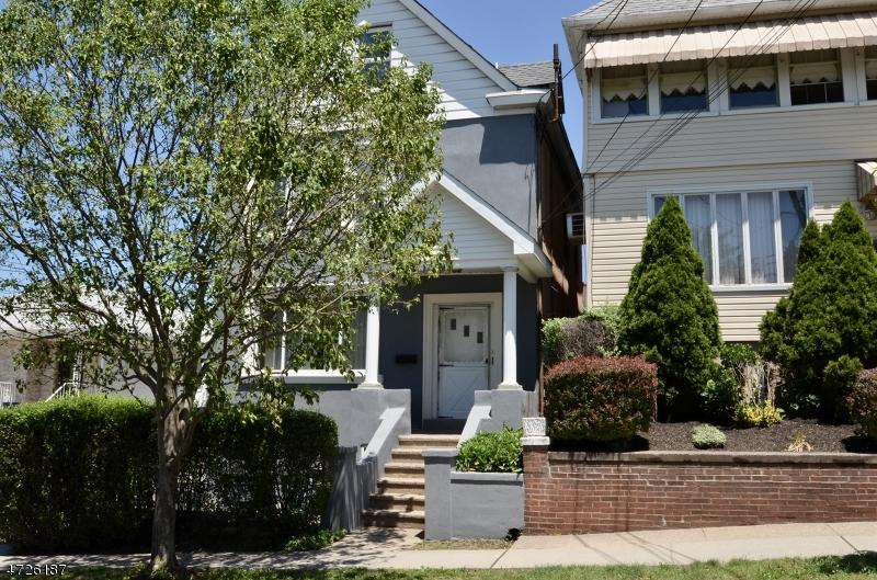 Casa Multifamiliar por un Venta en 41 Kipp Avenue Lodi, Nueva Jersey 07644 Estados Unidos