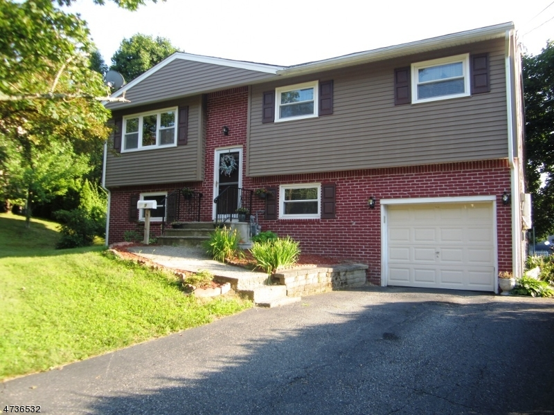 Single Family Home for Rent at 9 Trenton Place Newton, New Jersey 07860 United States