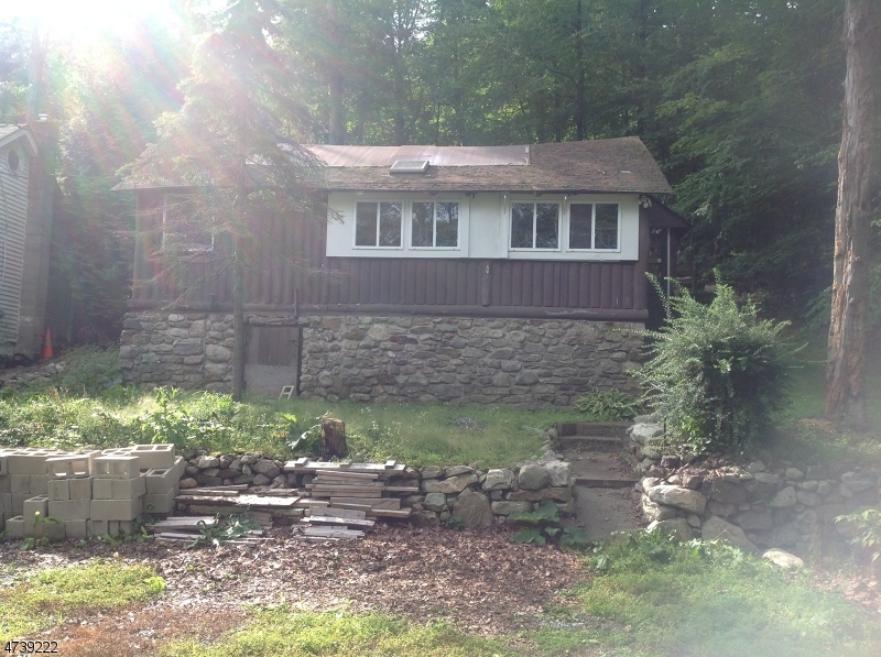 Single Family Home for Sale at 15 E Shore Trail Sandyston, 07826 United States