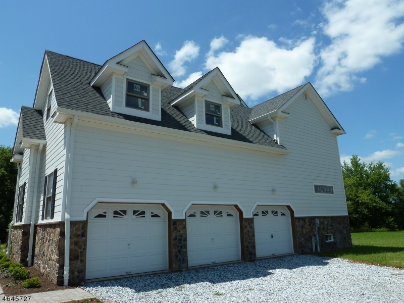 Additional photo for property listing at 263 Hillsborough Road  Hillsborough, Nova Jersey 08844 Estados Unidos