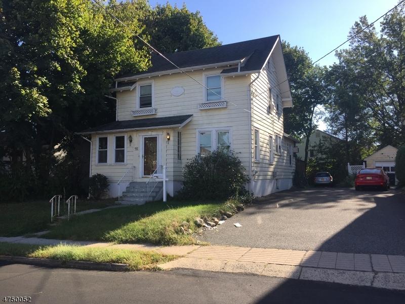 Casa Unifamiliar por un Venta en 15 Chestnut Street Rochelle Park, Nueva Jersey 07662 Estados Unidos