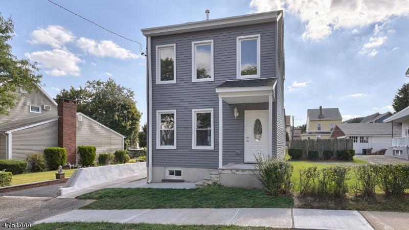 一戸建て のために 売買 アット 69 Gillies Street 69 Gillies Street Clifton, ニュージャージー 07013 アメリカ合衆国