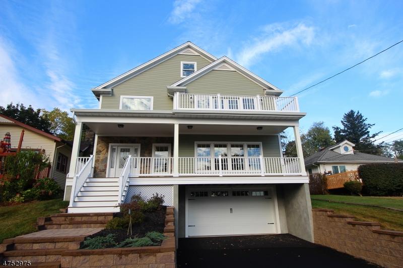 Casa Unifamiliar por un Venta en 29 W Shore Road Denville, Nueva Jersey 07834 Estados Unidos