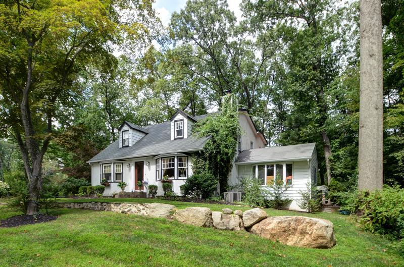 独户住宅 为 出租 在 89 KENILWORTH Road Mountain Lakes, 新泽西州 07046 美国