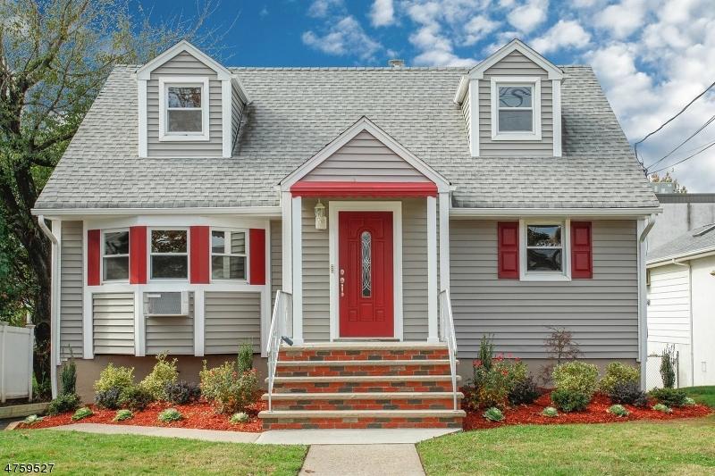 Многосемейный дом для того Продажа на 289 4th Street Saddle Brook, Нью-Джерси 07663 Соединенные Штаты