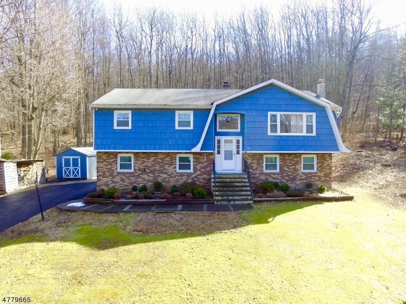 独户住宅 为 销售 在 111 Longwood Lake Road Jefferson Township, 新泽西州 07438 美国
