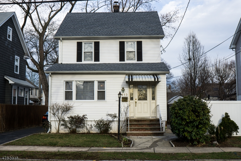 Single Family Home for Sale at 613 Sherman Avenue Roselle Park, New Jersey 07204 United States