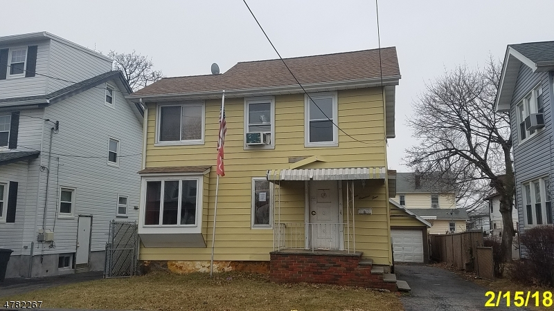 Single Family Home for Sale at 304 Crestview Place Bogota, New Jersey 07603 United States