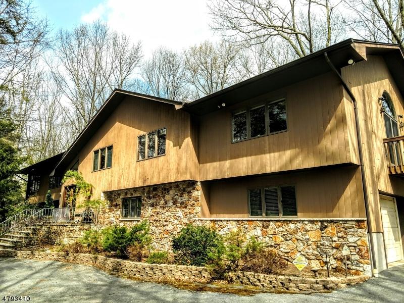 独户住宅 为 销售 在 120 Burnt Meadow Road 令伍特, 新泽西州 07456 美国