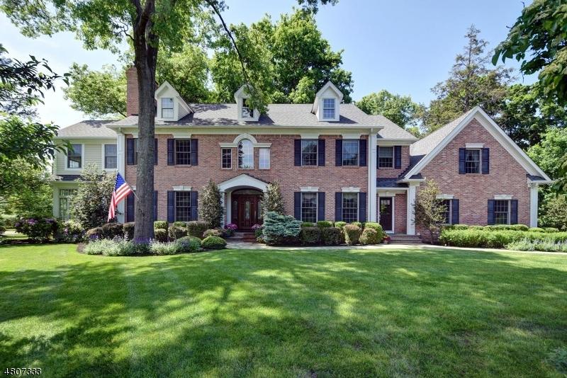 Частный односемейный дом для того Продажа на 11 Canfield Road Morris Township, Нью-Джерси 07960 Соединенные Штаты