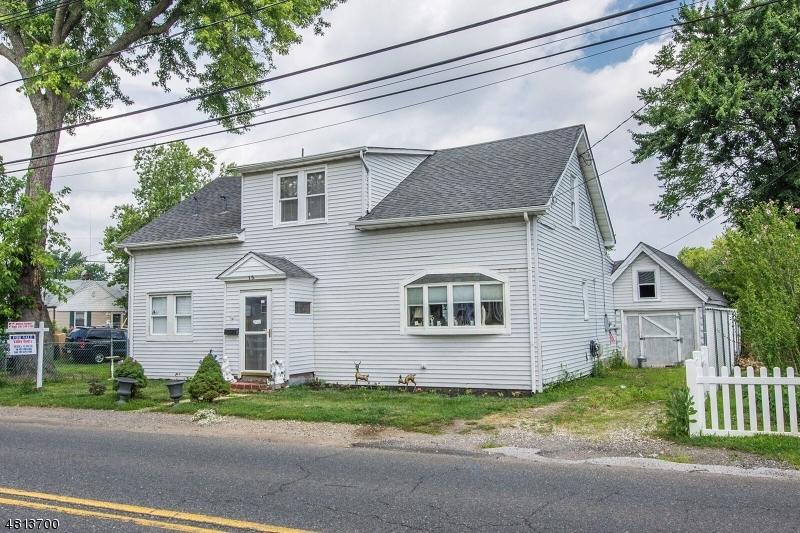 Single Family Home for Sale at 75 PORT MONMOUTH Road Keansburg, New Jersey 07734 United States