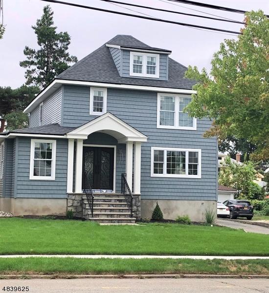 Maison unifamiliale pour l Vente à 238 WILLIAMS Avenue Hasbrouck Heights, New Jersey 07604 États-Unis