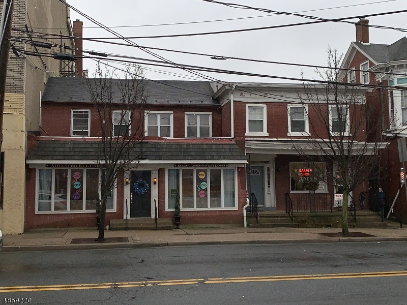 Villas / Townhouses for Sale at 15 W WASHINGTON AVE 15 W WASHINGTON AVE Washington, New Jersey 07882 United States