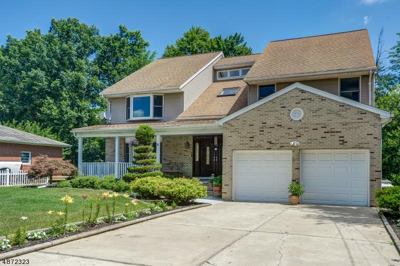 Частный односемейный дом для того Продажа на 12 S BELAIR Avenue Hanover, Нью-Джерси 07927 Соединенные Штаты