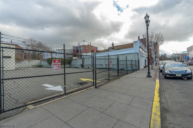 Additional photo for property listing at 92 MONTICELLO AVE Jersey City, New Jersey 07304 United States