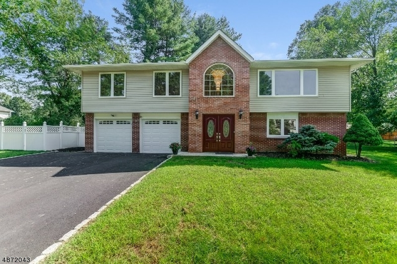Single Family Home for Sale at 24 PHYLDAN Road East Hanover, New Jersey 07936 United States