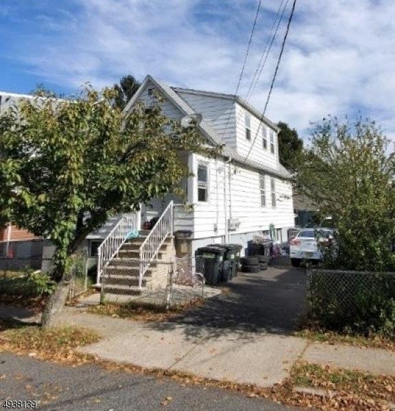 Multi-Family Homes por un Venta en 271 HAYWARD Place Wallington, Nueva Jersey 07057 Estados Unidos