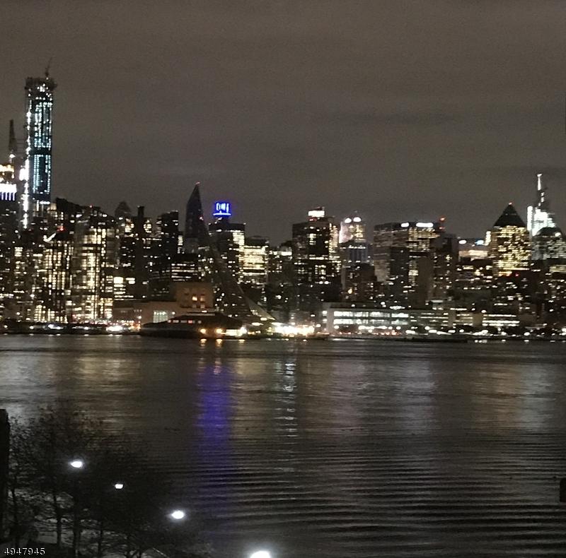 公寓 / 聯排別墅 為 出售 在 West New York, 新澤西州 07093 美國