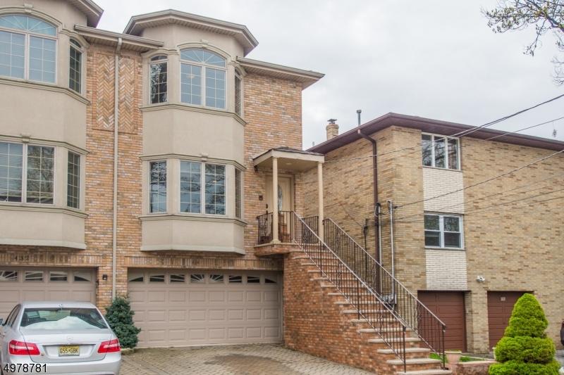 콘도 / 타운 하우스 용 매매 에 Cliffside Park, 뉴저지 07010 미국