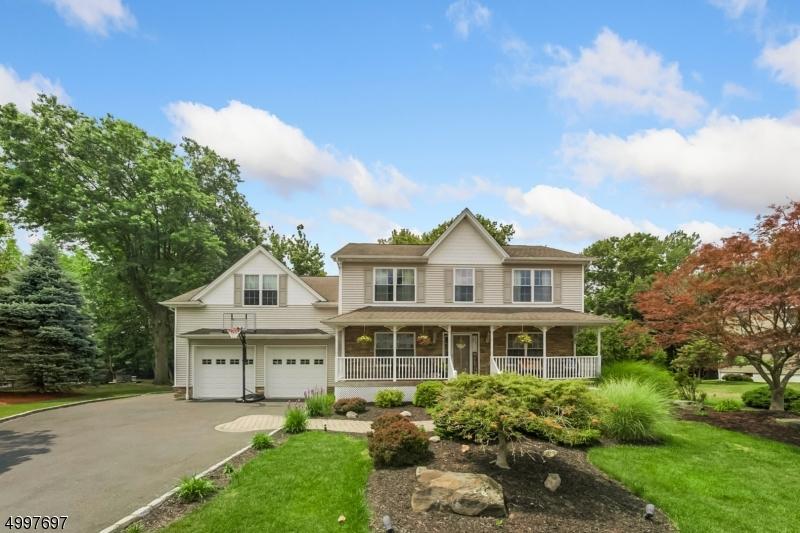 Single Family Homes için Satış at North Haledon, New Jersey 07508 Amerika Birleşik Devletleri