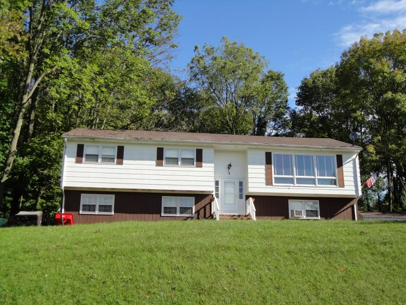 Additional photo for property listing at 3 Slayton Road  Glenwood, New Jersey 07418 États-Unis