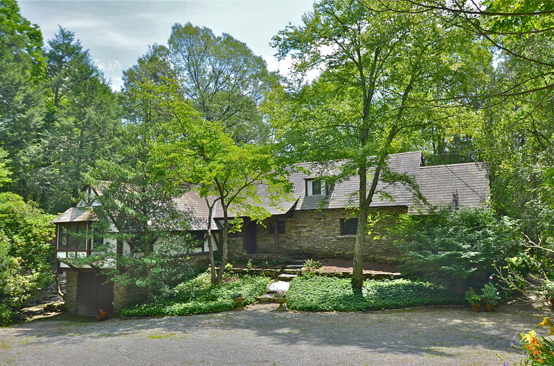 Частный односемейный дом для того Продажа на 949 Middleville Road Newton, Нью-Джерси 07860 Соединенные Штаты