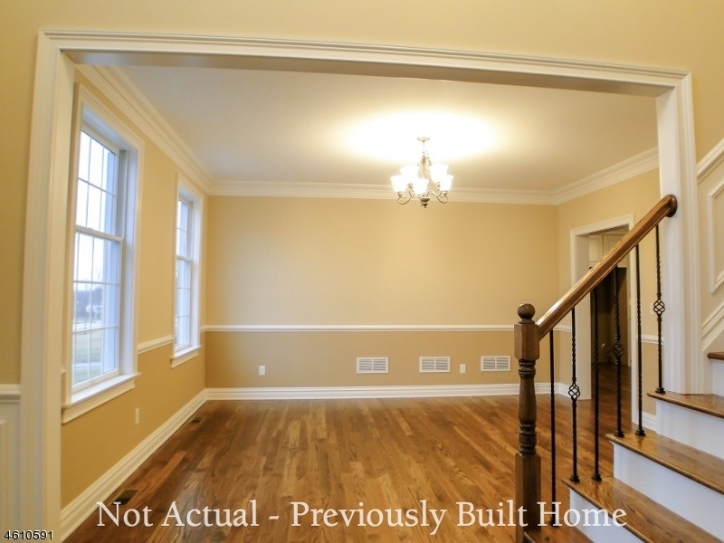 Additional photo for property listing at 4 Dale Drive  Flemington, Nueva Jersey 08822 Estados Unidos