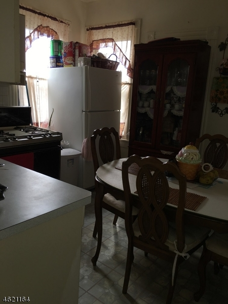 Additional photo for property listing at 621 E 27th Street  Paterson, 新泽西州 07504 美国