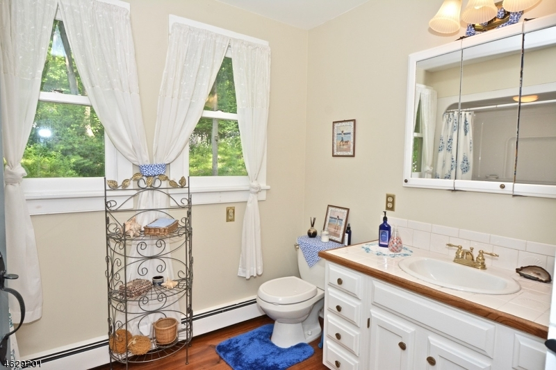 Additional photo for property listing at 320 Church Road  Milford, New Jersey 08848 United States