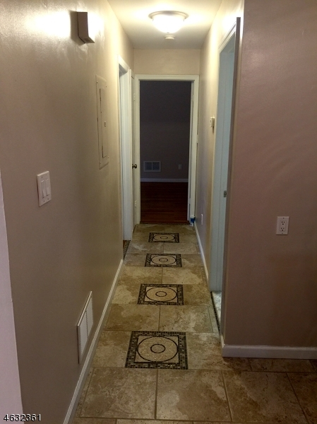 Additional photo for property listing at 65 Frederick St, U3  Belleville, Nueva Jersey 07109 Estados Unidos