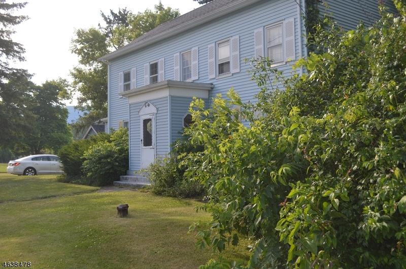 Casa Multifamiliar por un Venta en 239 ROUTE 519 Sussex, Nueva Jersey 07461 Estados Unidos