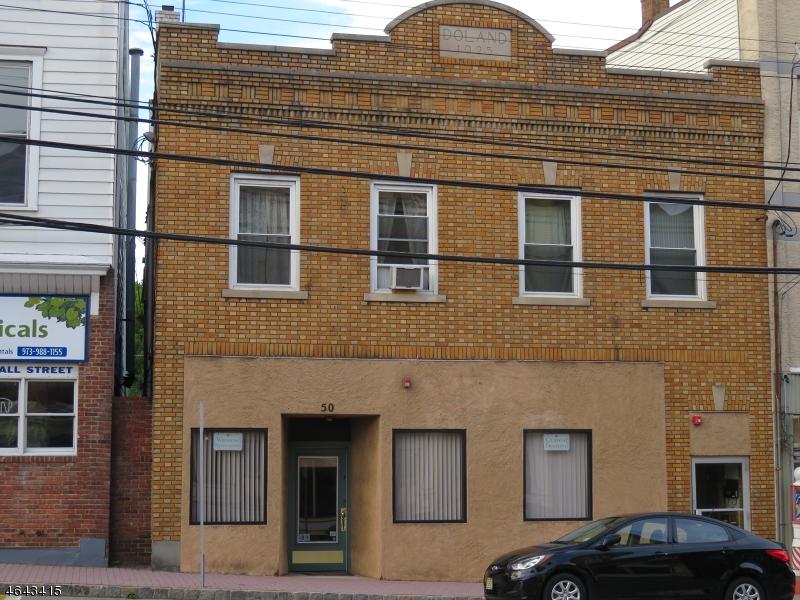 Commercial pour l Vente à 50 W Main Street Rockaway, New Jersey 07866 États-Unis