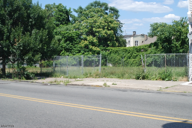 Land for Sale at 555 Main Street Paterson, 07503 United States